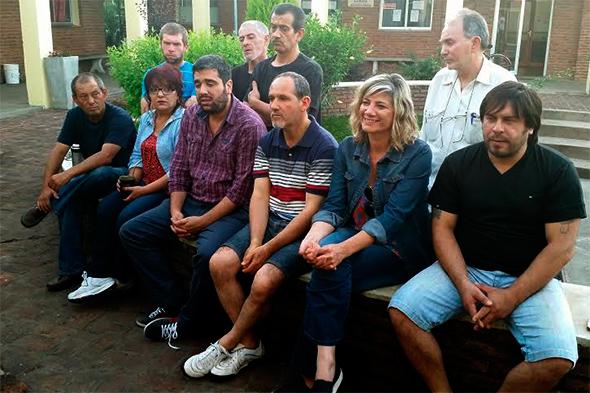 Foto de la conferencia de prensa.