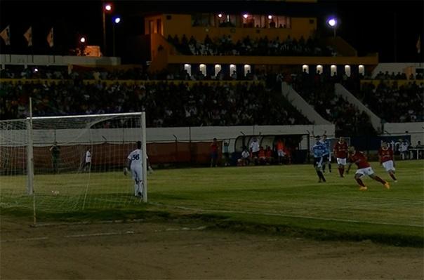 El gol de penal de Durazno