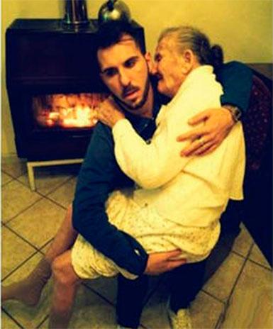 nieto-y-abuela