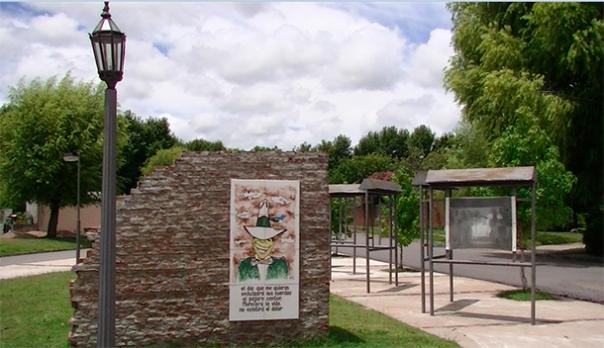 plaza-carlos-gardel-duraznodigital