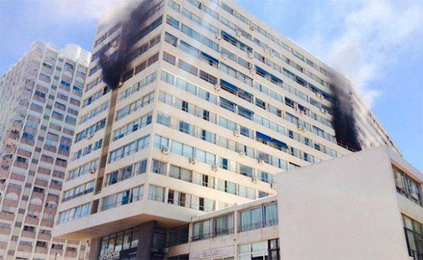 Incendio en el séptimo piso del edificio Santos Dumont. Foto: Ricardo Figueredo