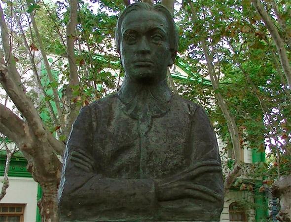 Monumento en plaza Independencia - Durazno